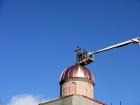 19 сентября 2020 года – установка купола и креста (рис.2)
